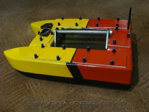 радиоуправляемый кораблик для прикормки jabo-3cg